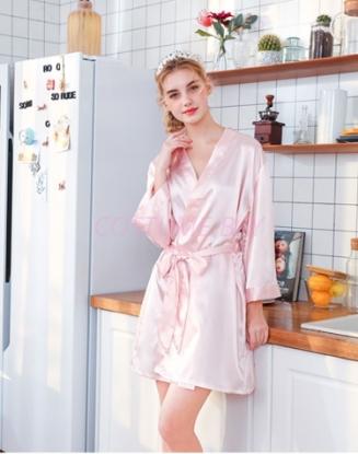 Picture of Women Bridemaid  Satin Kimono Robes - Pink